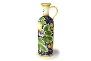 Бутылка с лимонами для масла