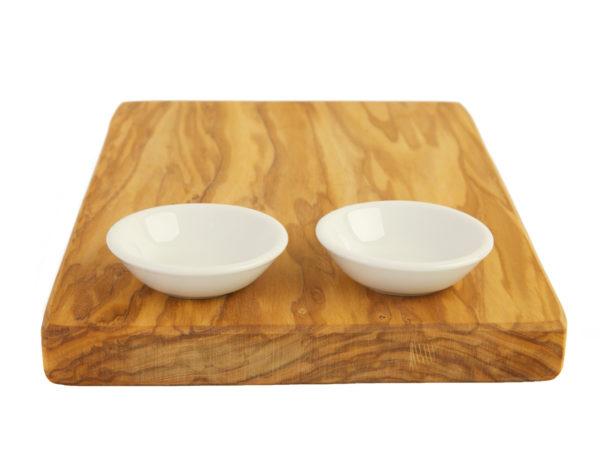 Доска из оливы + 2 маленьких керамических миски
