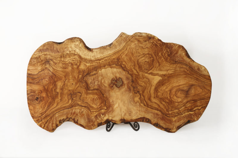 Большая разделочная доска из натурального дерева
