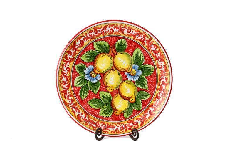 Декоративная тарелка с лимонами