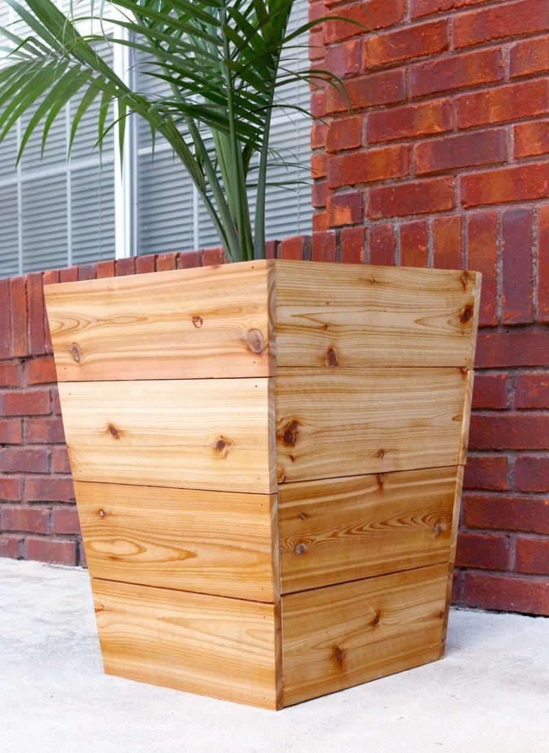 Кашпо деревянное уличное